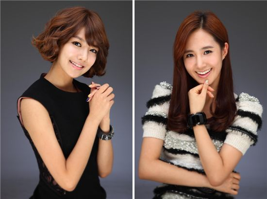 Girls' Generation members Sooyoung and Yuri [SM Entertainment]