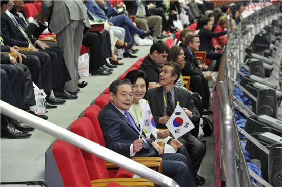 [포토]AG대표팀 응원하는 이건희 회장