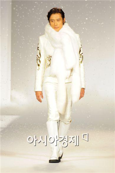 Lee Byung-hun [Han Youn-jong/Asia Economic Daily]