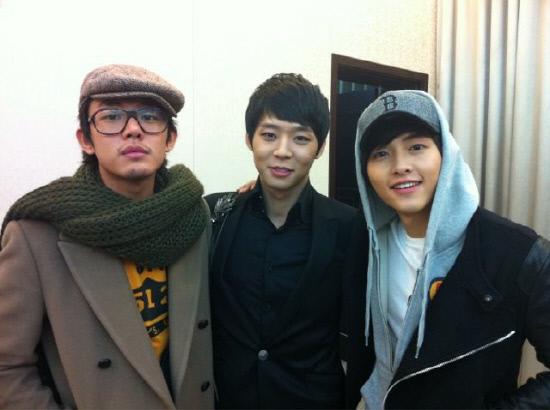 Korean actor Yu A-in, Yuchun and Song Joong-ki [Online community site bestiz.net]