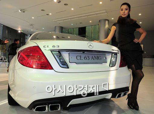 [포토] 스포티함이 돋보이는 벤츠 CL63 AMG