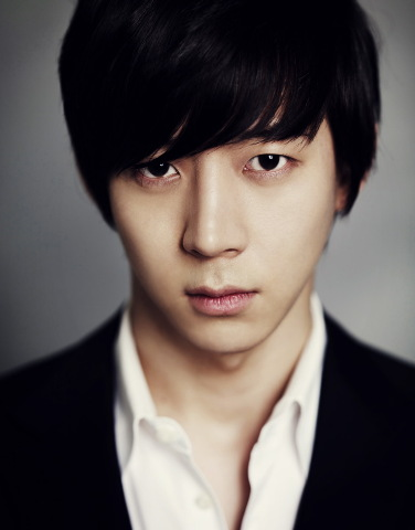 Park Yu-hwan [JYJ Yuchun's official Twitter website]
