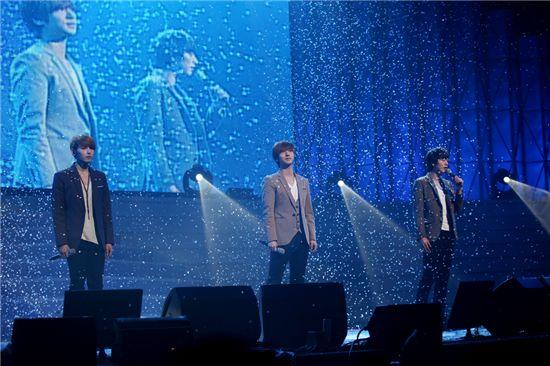 Super Junior- K.R.Y. [SM Entertainment]