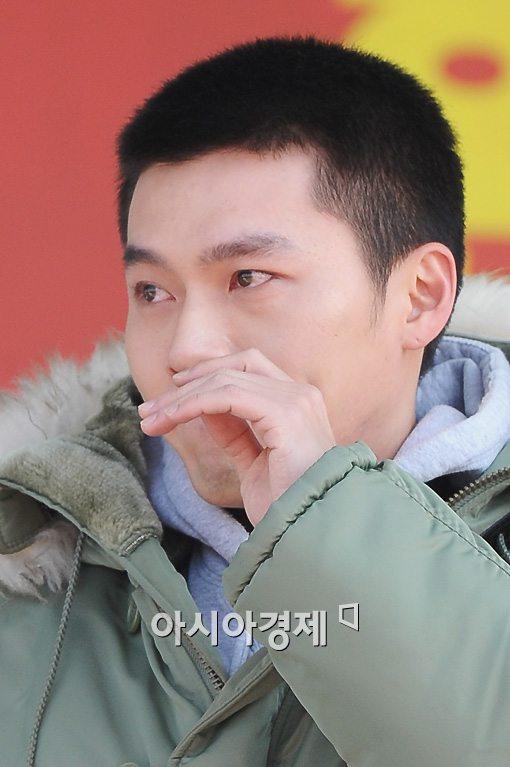 현빈, 입대전 눈물은 송혜교와의 결별의 아픔 반영?