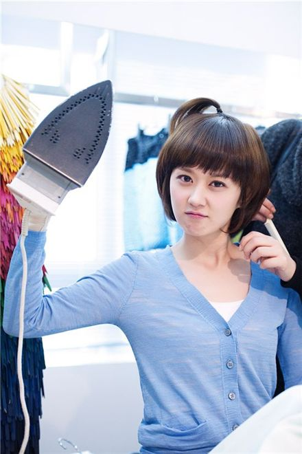 "Hallyu star Jang Nara on the set of upcoming KBS drama ""Baby Faced Beauty."" [EM.COM]"