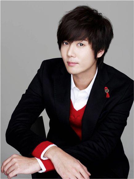 Kim Kyu-jong of SS501 [Group 8]
