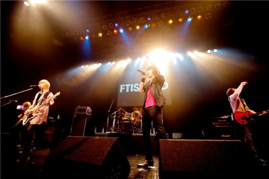 Korean rock band FTIsland [FNC JAPAN]