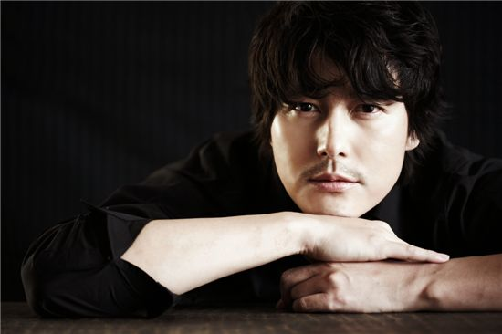 Jung Woo-sung [Taurus Films]