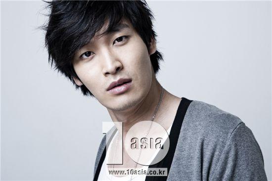 Actor Jung Gyu-woon [Choi Ji-eun/10Asia]