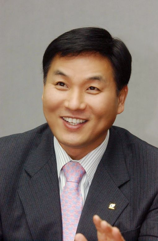 [단독]무학 전문경영인 체제 마감, 최재호 회장 3년만의 경영복귀