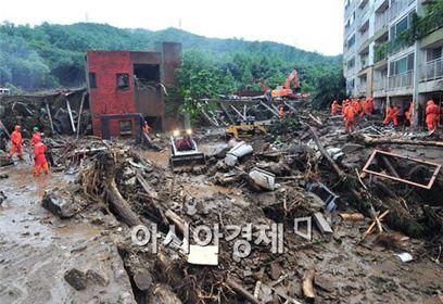▲ 2011년 우면산 산사태 당시 인근 아파트 모습