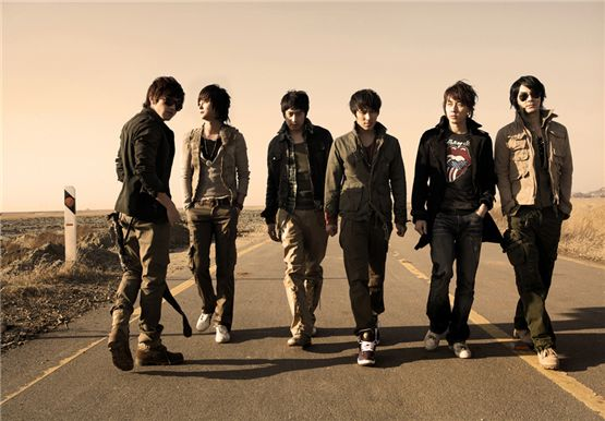 Shinhwa [Top Class Entertainment]