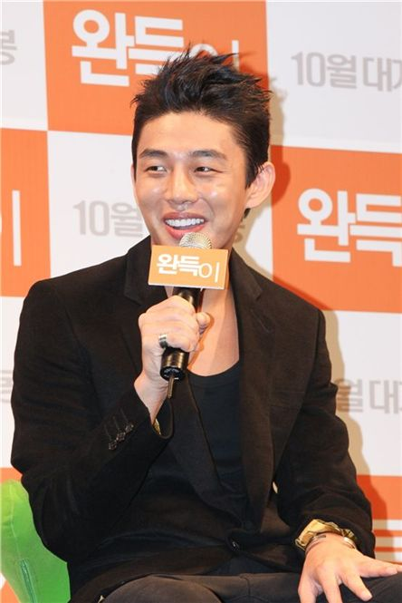 "Actor Yoo A-in speaks to reporters during a press conference for movie ""Punch"" in Seoul, South Korea on September 6, 2011. [UVU Films]"