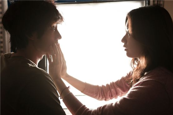 """Actor So Ji-sub (left) and actress Han Hyo-joo (right) in the upcoming movie """"Always"""" [Showbox]"""