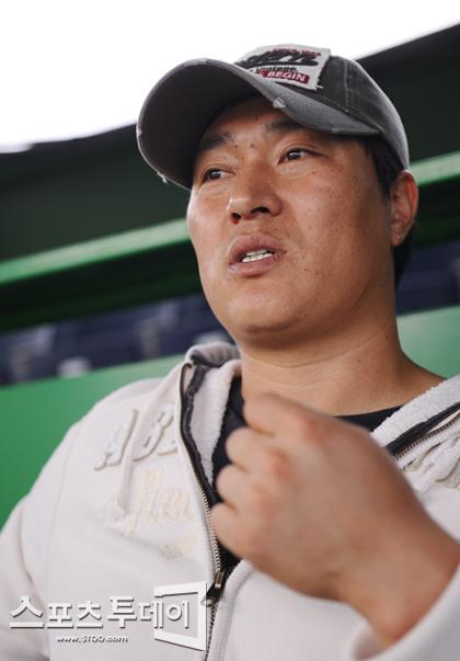 """[피플+]'FA' 신경현 """"위험 무릅쓴 까닭은...""""(인터뷰)"""