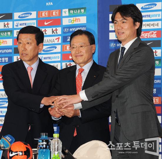 [포토] 손 맞잡은 한국축구