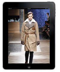 뉴욕패션위크의 런웨이 없는 패션쇼