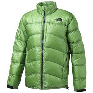 ▲한국서 판매되고 있는 노스페이스 아쿤카구아 재킷