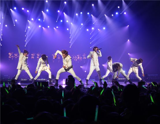 "INFINITE at their first concert ""SECOND INVASION"" held in Seoul, South Korea on February 11, 2012. [Mnet]"