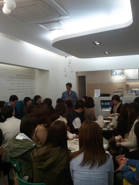 김용복 금천구 부구청장과 신규 직원들간 데이트