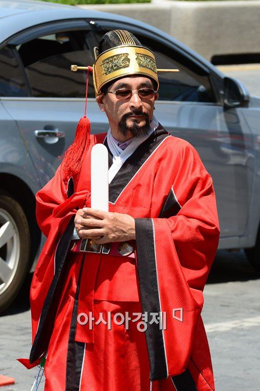 [포토] '조선시대(?) 멋쟁이'