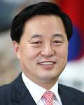 """김두관 """"퇴로 없이 싸우겠다"""" ... 6일 도지사 사퇴"""