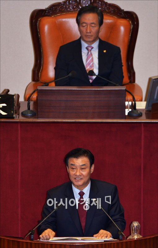 [포토] 소감 밝히는 강창희 신임 국회의장