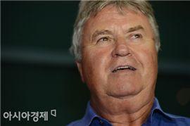 [포토] 히딩크 감독 '한국은 여전히 제2의 조국과도 같은 나라'