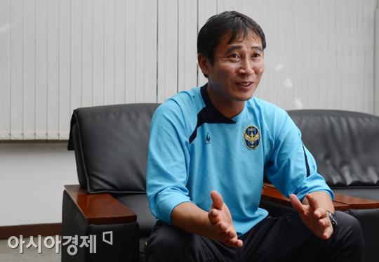 [피플+] 당신은 '축구감독 김봉길'을 아는가