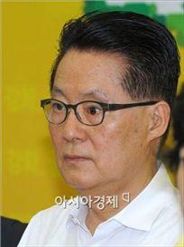 """""""박지원 'MB 대북정책' 보더니 날린 직격탄"""""""