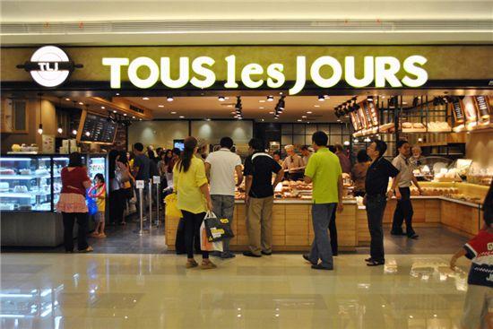 인도네시아 빵가게에서 판매 1위인 제품은? 韓 '단팥빵'
