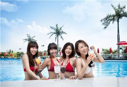 늦여름 휴가…호텔서 '싸이(싸고 이점많은)스타일'로 놀자