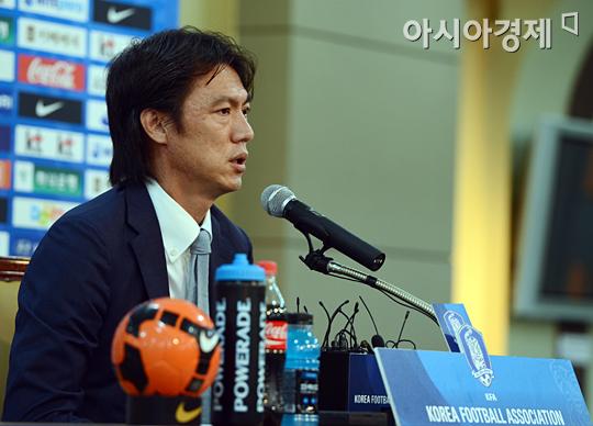 [포토] 2012 런던 올림픽 결산 기자회견하는 홍명보 감독