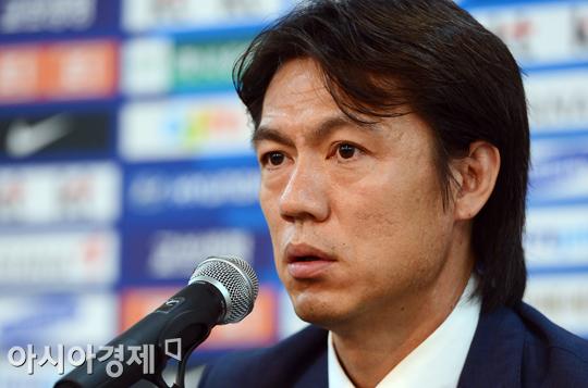 [포토] 홍명보 감독 '박종우가 시상대에 오르지 못해 아쉽다'