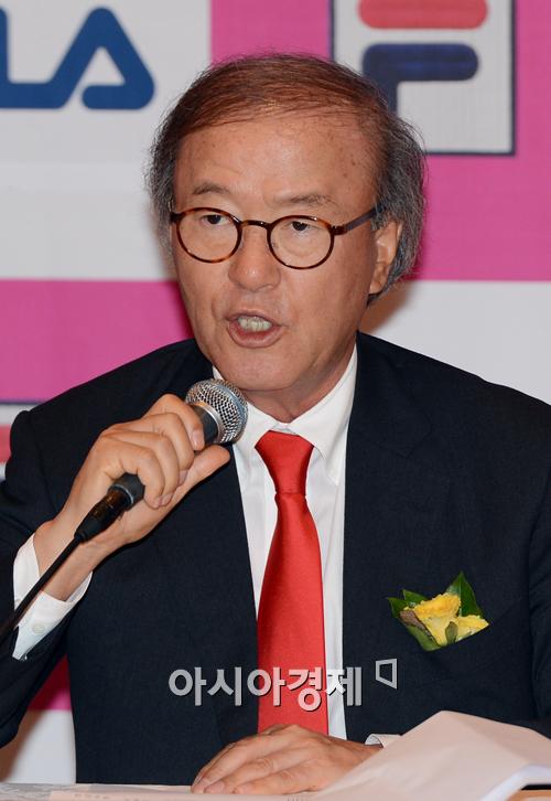 윤윤수 회장, '2012 언스트앤영 최우수 기업가상' 수상
