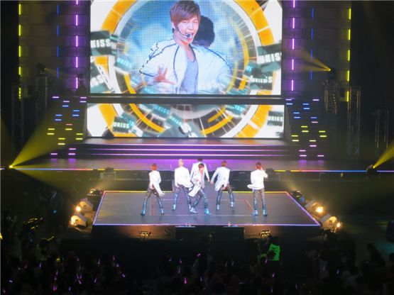 U-Kiss members dance on the prestigious Budokan in Tokyo for their final stop of their exclusive Japan tour on September 5, 2012. [NH Media]