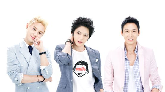 JYJ's Kim Junsu (left), Kim Jae-joong (center) and Park Yuchun (right) pose together in casual suits in a photo provided by C-Jes Entertainment on September 17, 2012. [C-Jes Entertainment]