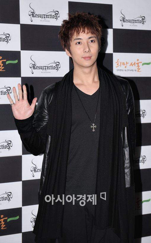 [포토]김형준, 패션쇼 즐기러 왔어요!