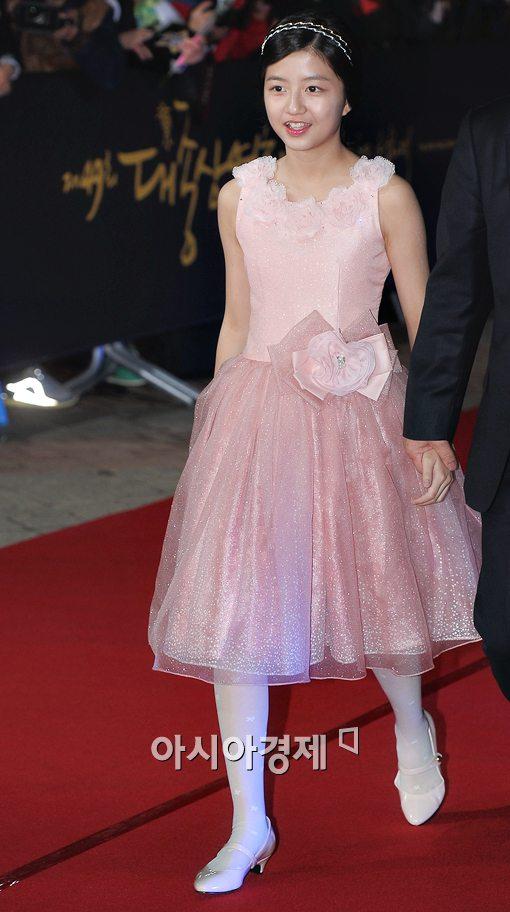 [포토]'도가니' 김현수, 귀여운 핑크빛 공주로 변신!
