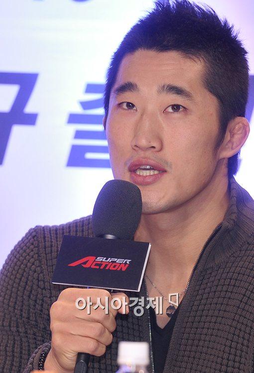 """[포토]김동현 """"임현규와 함께 한국동반 승리하겠다"""""""