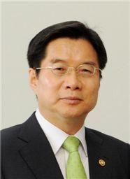 중국에서 '지식재산권 외국'를 펼치는 김호원 특허청장