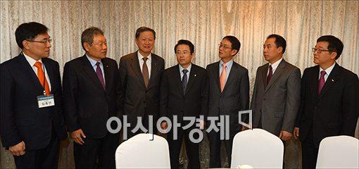 [포토]금융IT포럼 참석한 권혁세 금감원장