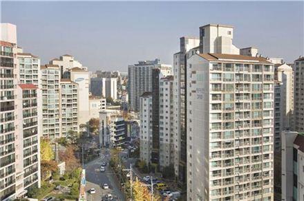 서울의 한 아파트 단지 모습