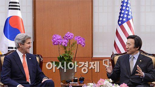 [포토]긴급 회담 갖는 한·미 외교장관