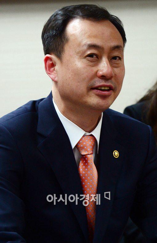 30년 통일부맨 김남식 차관 통일 씨 뿌리고 떠나