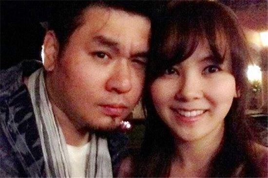 ▲레이먼 킴과 김지우가 임신 소식을 알렸다.(사진: 김지우 트위터)