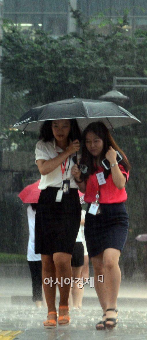 서울-경기 오늘 밤부터 강한 비