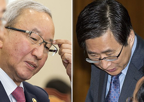 현오석 경제부총리(왼쪽)와 조원동 청와대 경제수석