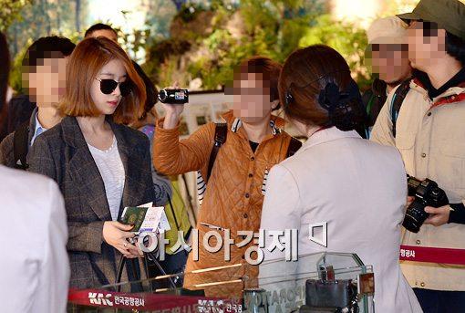 [포토]티아라 지연이 공항에? '시선집중'