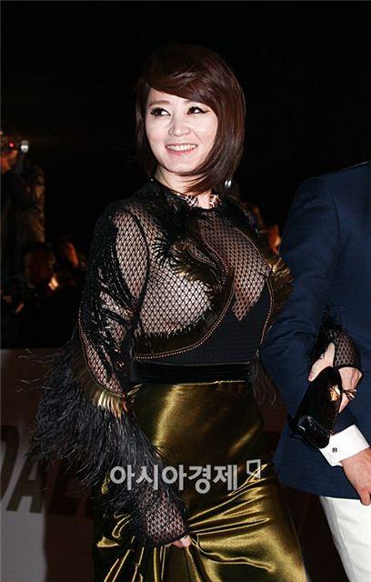 김혜수 지난해 청룡영화제 의상